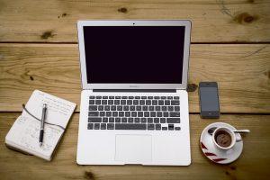 home-office-336378_1280-300x200 Come Aprire un blog