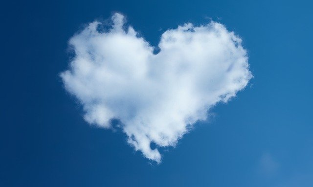 amore L'amore oltre le nuvole e le coincidenze