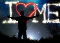Frasi sull'amare se stessi: 10 frasi sul volersi bene