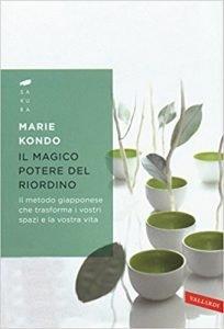 il-magico-potere-del-riordino-204x300 Libri che cambiano la vita: 6 libri introspettivi